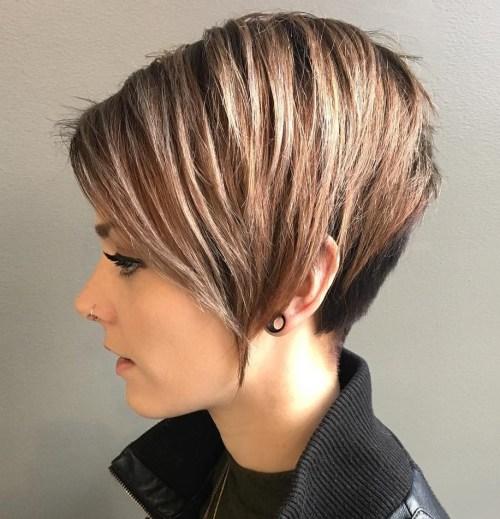 70 coiffures en couches courtes mignonnes et faciles a coiffer 5e41434a6dc9e - 70 coiffures en dégradé courtes mignonnes et faciles à coiffer