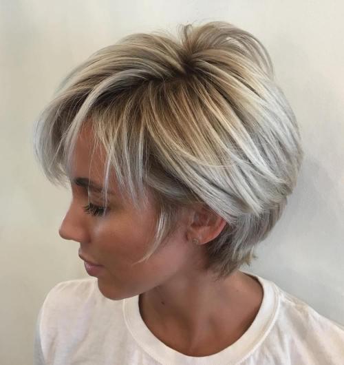 70 coiffures en couches courtes mignonnes et faciles a coiffer 5e41434ac0111 - 70 coiffures en dégradé courtes mignonnes et faciles à coiffer