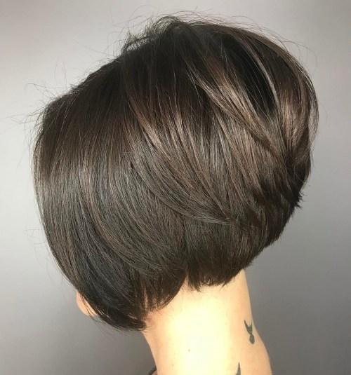70 coiffures en couches courtes mignonnes et faciles a coiffer 5e41434adb50c - 70 coiffures en dégradé courtes mignonnes et faciles à coiffer