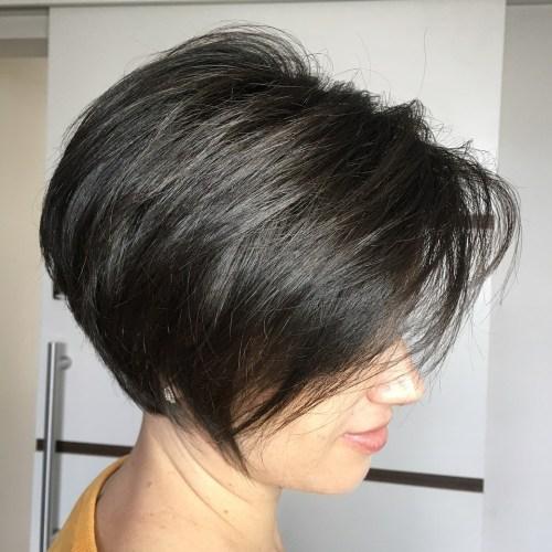 70 coiffures en couches courtes mignonnes et faciles a coiffer 5e41434b39f85 - 70 coiffures en dégradé courtes mignonnes et faciles à coiffer