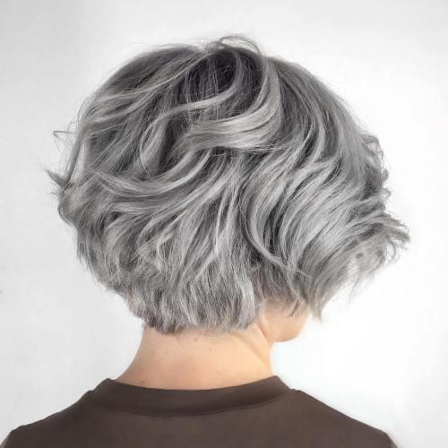 70 coiffures en couches courtes mignonnes et faciles a coiffer 5e41434bc131d - 70 coiffures en dégradé courtes mignonnes et faciles à coiffer
