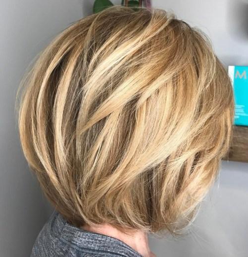 70 coiffures en couches courtes mignonnes et faciles a coiffer 5e41434ca716a - 70 coiffures en dégradé courtes mignonnes et faciles à coiffer