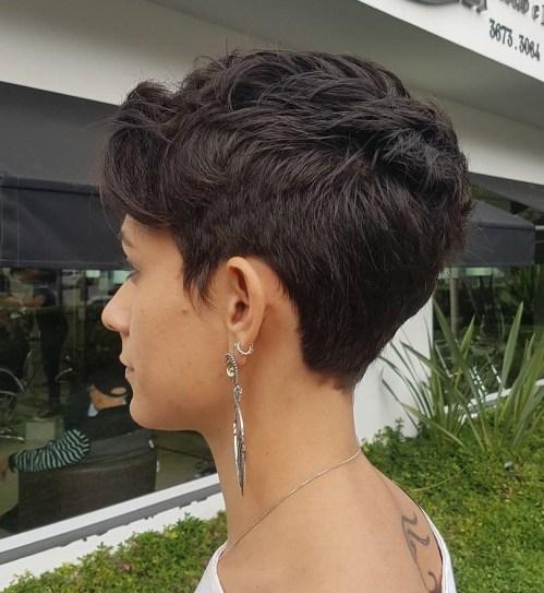 70 coiffures en couches courtes mignonnes et faciles a coiffer 5e41434cc4909 - 70 coiffures en dégradé courtes mignonnes et faciles à coiffer