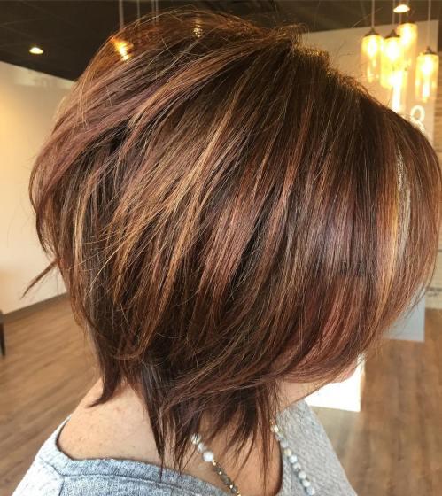 70 coiffures en couches courtes mignonnes et faciles a coiffer 5e41434d2d265 - 70 coiffures en dégradé courtes mignonnes et faciles à coiffer