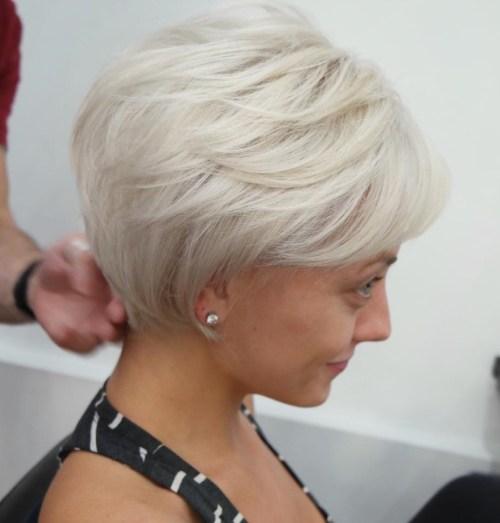 70 coiffures en couches courtes mignonnes et faciles a coiffer 5e41434d6ab7f - 70 coiffures en dégradé courtes mignonnes et faciles à coiffer