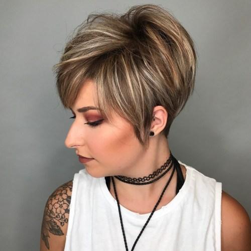 70 coiffures en couches courtes mignonnes et faciles a coiffer 5e41434f00453 - 70 coiffures en dégradé courtes mignonnes et faciles à coiffer