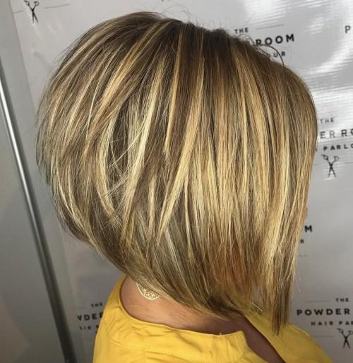 70 coiffures en couches courtes mignonnes et faciles a coiffer 5e41434f1c094 - 70 coiffures en dégradé courtes mignonnes et faciles à coiffer