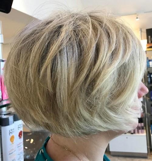 70 coiffures en couches courtes mignonnes et faciles a coiffer 5e41434f3c30c - 70 coiffures en dégradé courtes mignonnes et faciles à coiffer