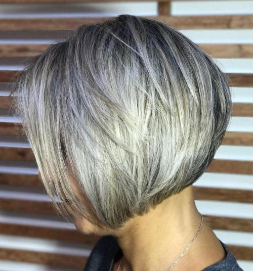 70 coiffures en couches courtes mignonnes et faciles a coiffer 5e41434fbb995 - 70 coiffures en dégradé courtes mignonnes et faciles à coiffer
