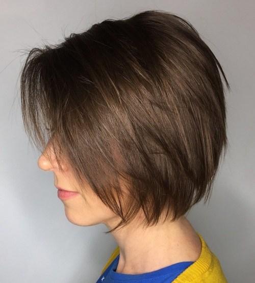 70 coiffures en couches courtes mignonnes et faciles a coiffer 5e4143501c017 - 70 coiffures en dégradé courtes mignonnes et faciles à coiffer
