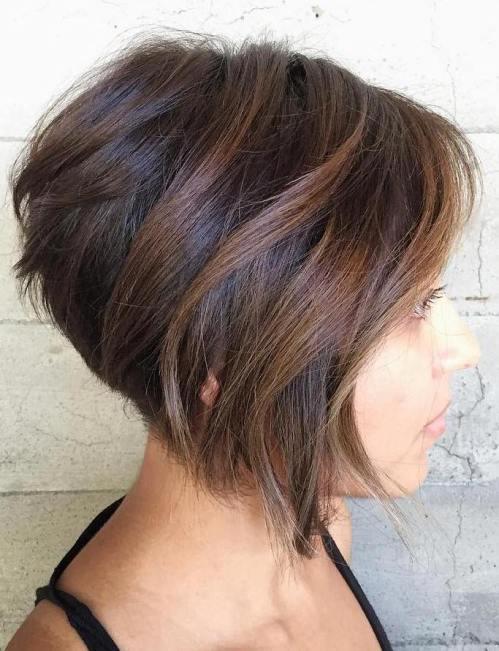 70 coiffures en couches courtes mignonnes et faciles a coiffer 5e414350b3008 - 70 coiffures en dégradé courtes mignonnes et faciles à coiffer