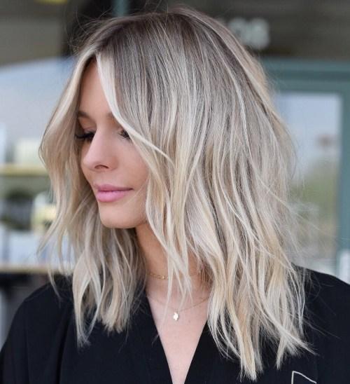 70 coiffures parfaites de longueur moyenne pour les cheveux fins 5e414b5483152 - 70 coiffures mi longues parfaites pour les cheveux fins