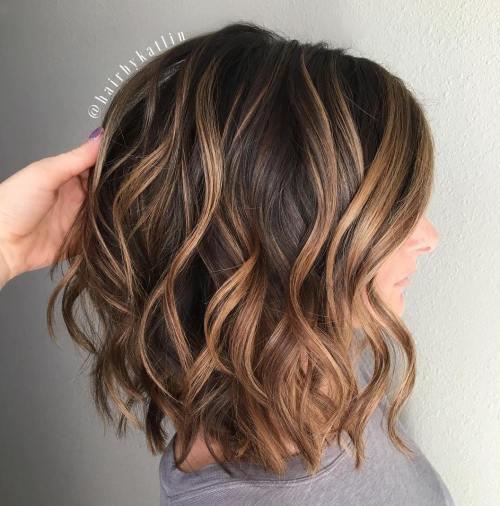 70 coupes de cheveux en couches moyennes les plus brillantes pour vous eclairer 5e414b052789f - 70 coupes mi longs de cheveux en couches les plus brillantes pour vous éclairer