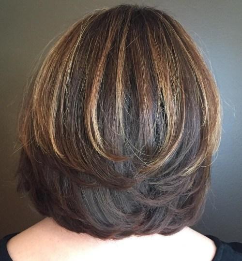 70 coupes de cheveux en couches moyennes les plus brillantes pour vous eclairer 5e414b068d1bc - 70 coupes mi longs de cheveux en couches les plus brillantes pour vous éclairer