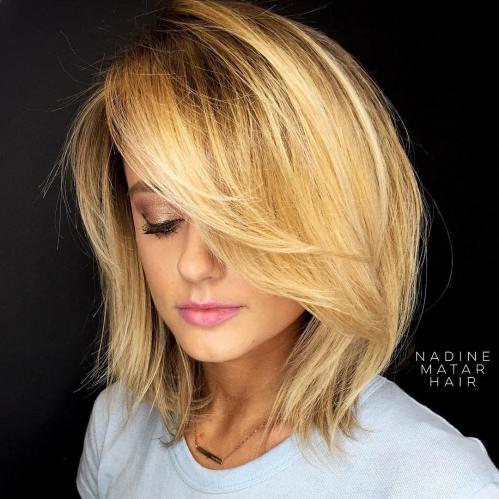 70 coupes de cheveux en couches moyennes les plus brillantes pour vous eclairer 5e414b06ee687 - 70 coupes mi longs de cheveux en couches les plus brillantes pour vous éclairer