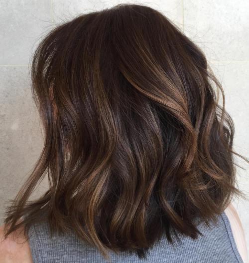 70 coupes de cheveux en couches moyennes les plus brillantes pour vous eclairer 5e414b071571b - 70 coupes mi longs de cheveux en couches les plus brillantes pour vous éclairer