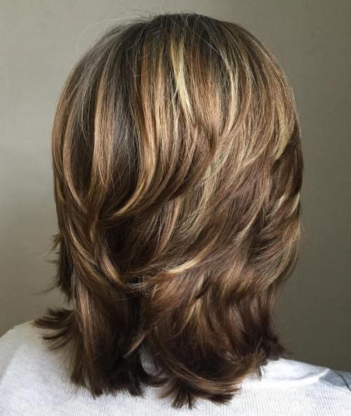 70 coupes de cheveux en couches moyennes les plus brillantes pour vous eclairer 5e414b0786aea - Zoom sur une magicienne du papier : Aline Pallaro (Mimi Rondelle)