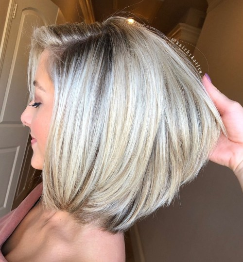 70 coupes de cheveux en couches moyennes les plus brillantes pour vous eclairer 5e414b07c2190 - 70 coupes mi longs de cheveux en couches les plus brillantes pour vous éclairer