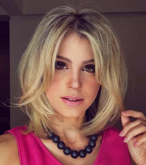 Blonde Lob With Short Layers