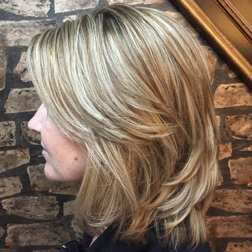 70 coupes de cheveux en couches moyennes les plus brillantes pour vous eclairer 5e414b0937d64 - 70 coupes mi longs de cheveux en couches les plus brillantes pour vous éclairer