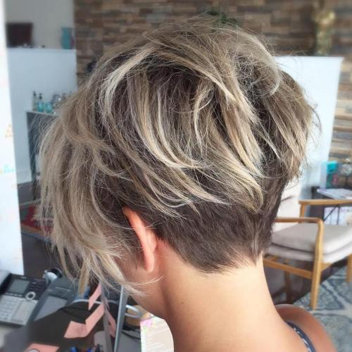 70 coupes et coiffures shaggy courtes epineuses edgy pixie 5e41433084c85 - 70 coupes et coiffures shaggy courtes, épineuses, edgy pixie