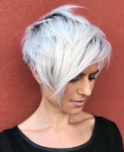 70 idees ecrasantes pour des coupes de cheveux courtes et saccadees 5e4142f1c7cf2 - 70 idées écrasantes pour des coupes de cheveux courtes et saccadées