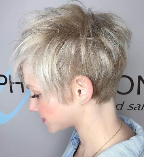 70 idees ecrasantes pour des coupes de cheveux courtes et saccadees 5e4142f20ca7f - 70 idées écrasantes pour des coupes de cheveux courtes et saccadées