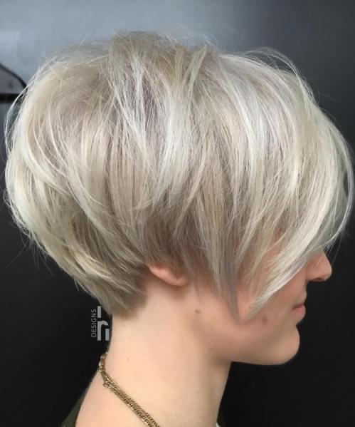 70 idees ecrasantes pour des coupes de cheveux courtes et saccadees 5e4142f2289ec - 70 idées écrasantes pour des coupes de cheveux courtes et saccadées