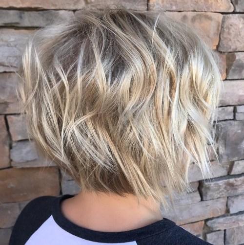 70 idees ecrasantes pour des coupes de cheveux courtes et saccadees 5e4142f2ebbcc - 70 idées écrasantes pour des coupes de cheveux courtes et saccadées