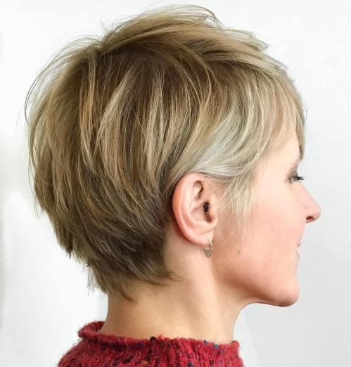 70 idees ecrasantes pour des coupes de cheveux courtes et saccadees 5e4142f4cb334 - 70 idées écrasantes pour des coupes de cheveux courtes et saccadées