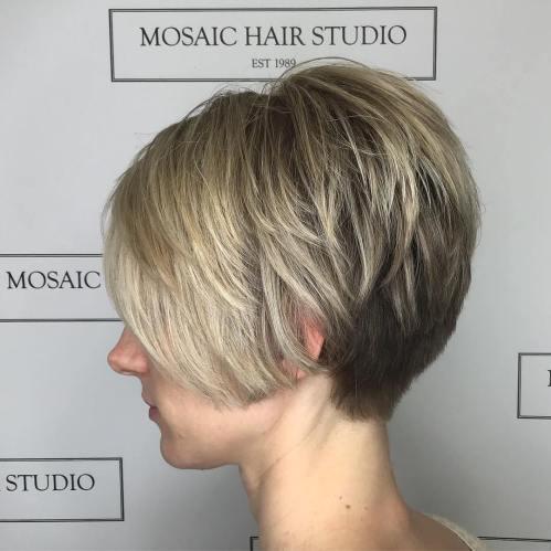 70 idees ecrasantes pour des coupes de cheveux courtes et saccadees 5e4142f545a1c - 70 idées écrasantes pour des coupes de cheveux courtes et saccadées