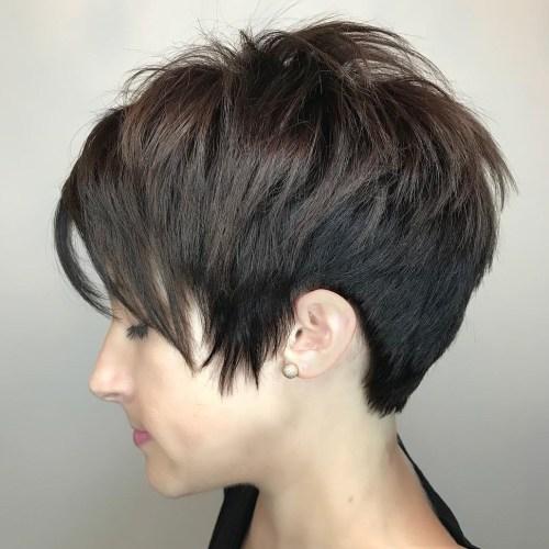 70 idees ecrasantes pour des coupes de cheveux courtes et saccadees 5e4142f57a01a - 70 idées écrasantes pour des coupes de cheveux courtes et saccadées