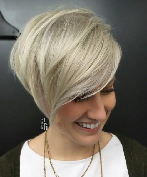 70 idees ecrasantes pour des coupes de cheveux courtes et saccadees 5e4142f81fc63 - 70 idées écrasantes pour des coupes de cheveux courtes et saccadées