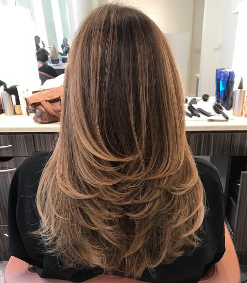 80 coiffures et coupes en couches mignonnes pour les cheveux longs 5e4157d2eed09 - 80 coiffures et coupes en couches mignonnes pour les cheveux longs