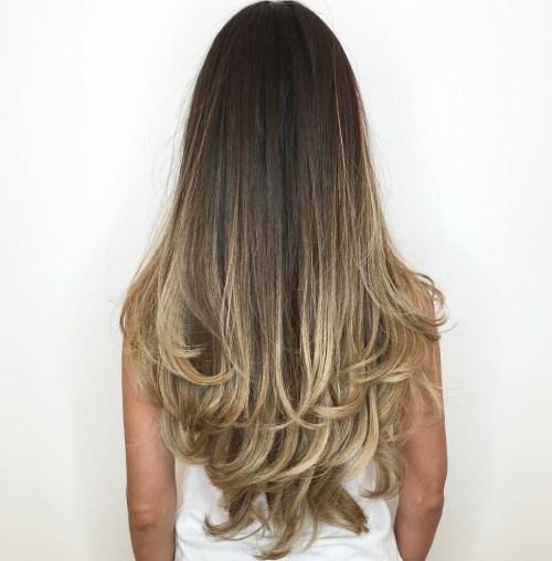 80 coiffures et coupes en couches mignonnes pour les cheveux longs 5e4157d409f88 - 80 coiffures et coupes en couches mignonnes pour les cheveux longs