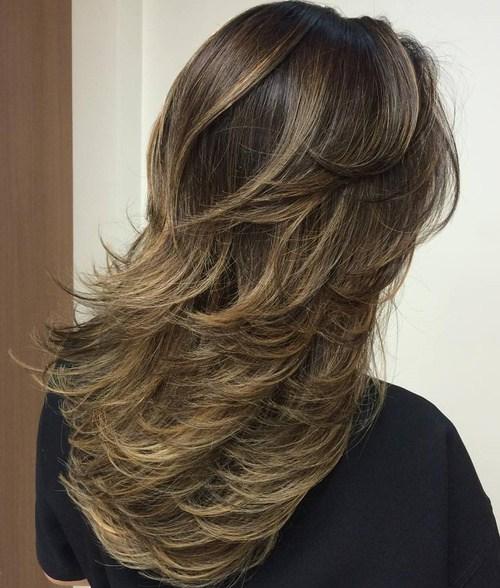 80 coiffures et coupes en couches mignonnes pour les cheveux longs 5e4157d718d77 - 80 coiffures et coupes en couches mignonnes pour les cheveux longs