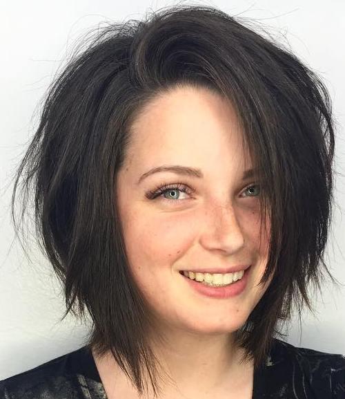 80 coupes de cheveux sensationnelles de longueur moyenne pour les cheveux epais 5e414abd79c01 - 80 coupes de cheveux sensationnelles de longueur moyenne pour les cheveux épais