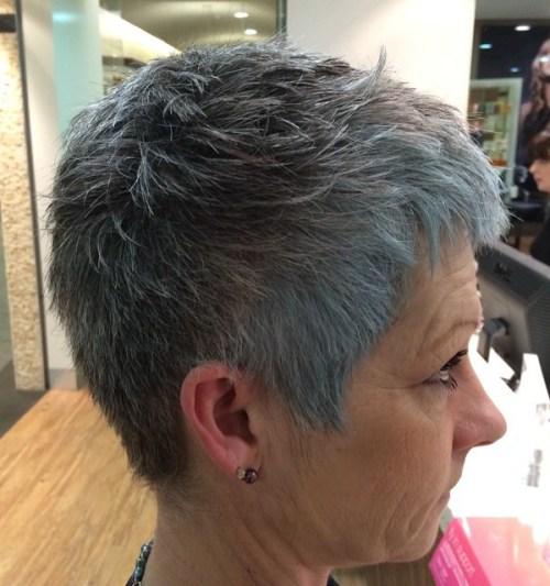 90 coiffures courtes chics et simples pour les femmes de plus de 50 ans 5e4143173193a - Le crajiru de Guayapi, la solution naturelle anti boutons et points noirs