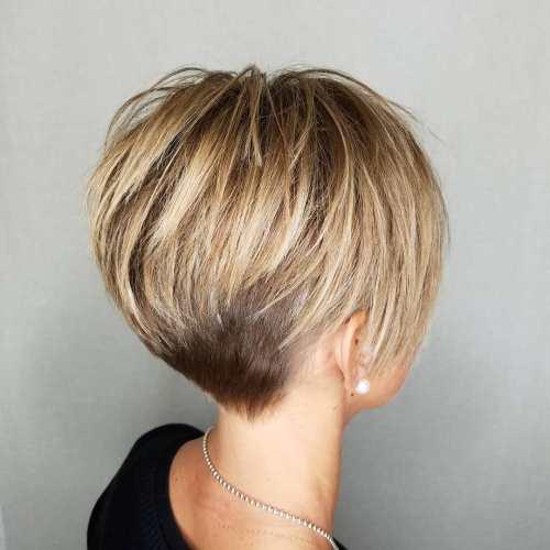 Coupes de cheveux Pixie pour cheveux épais - 50 idées de coupes de cheveux courtes idéales