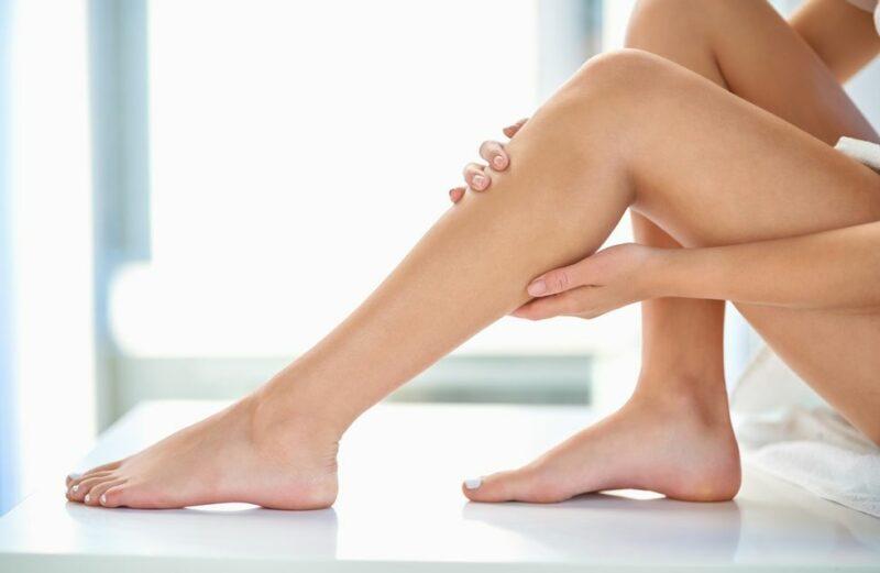 epilation femme 800x521 - Quels sont les meilleurs épilateurs pour être raser au poil près?