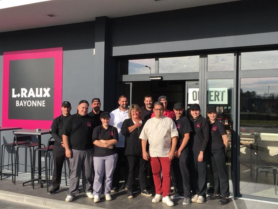 equipe patisserie raux bayonne - Pâtisserie Lionel Raux - Bayonne & Biarritz - Chocolatier & Traiteur