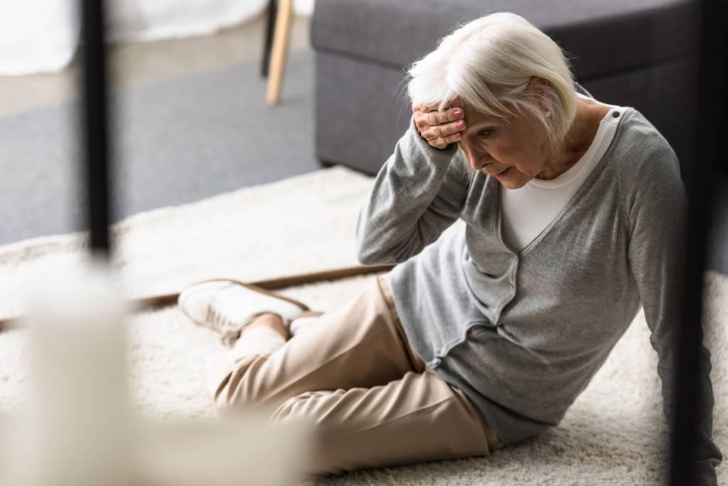 image securite domicile seniors adoptez gestes - Sécurité des seniors à domicile : adoptez les bons gestes !