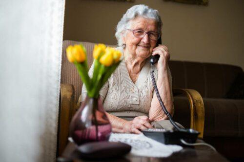 visu securite domicile seniors 500x333 - Sécurité des seniors à domicile : adoptez les bons gestes !