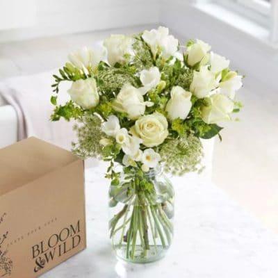 bouquet fleurs laura roses amour e1585294796935 - Faites vous livrer un bouquet de fleurs à Paris!