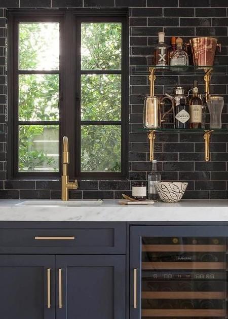 17 idees pour decorer la cuisine avec des accessoires et des meubles en cuivre 5e5a642f76e42 - 17 idées pour décorer la cuisine avec des accessoires et des meubles en cuivre