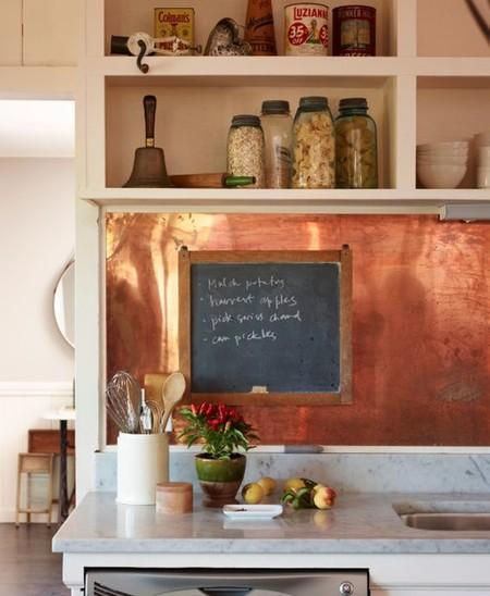 17 idees pour decorer la cuisine avec des accessoires et des meubles en cuivre 5e5a643181794 - 17 idées pour décorer la cuisine avec des accessoires et des meubles en cuivre