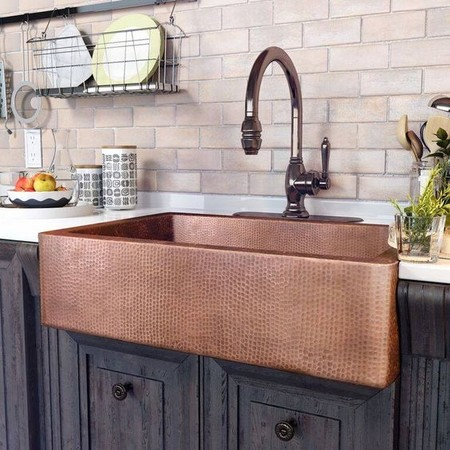 17 idees pour decorer la cuisine avec des accessoires et des meubles en cuivre 5e5a643265758 - 17 idées pour décorer la cuisine avec des accessoires et des meubles en cuivre