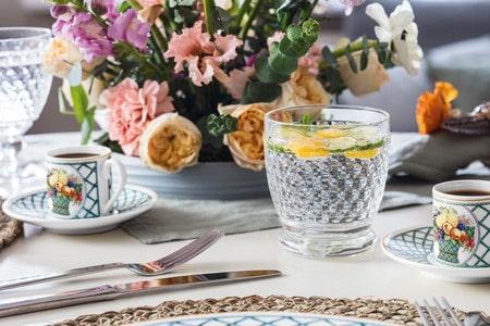 Basket Garden, une vaisselle classique idéale pour dresser une table de printemps