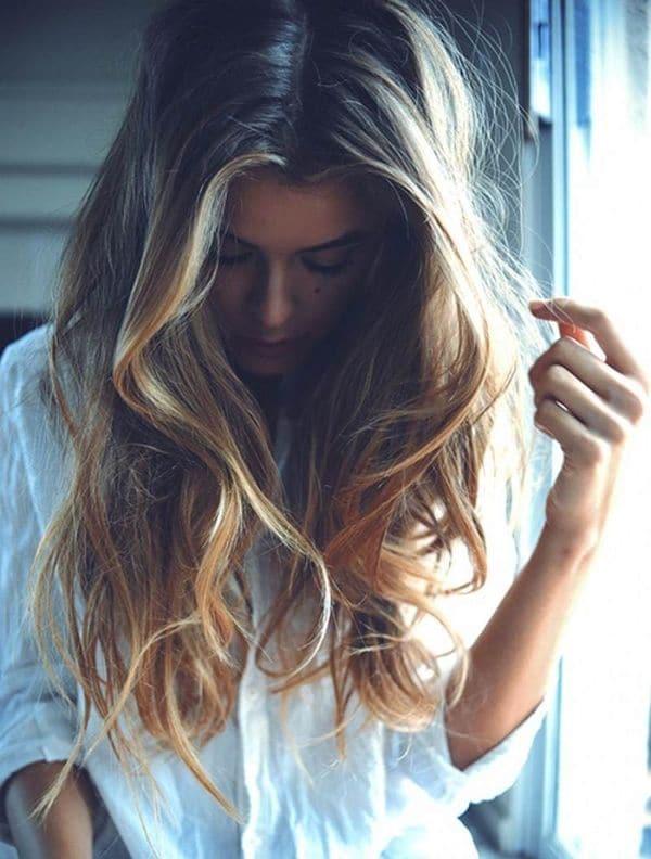 coloration balyage cheveux 0003 - 10 idées de balayage pour tout type et longueur de cheveux - Balayage miel