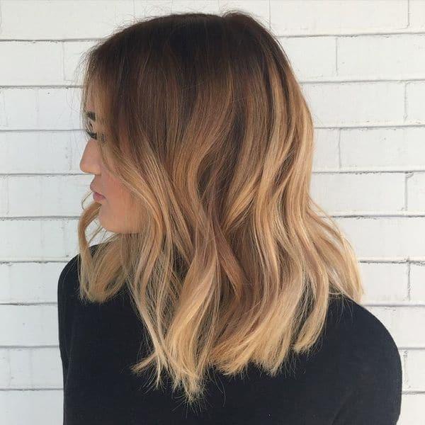 coloration balyage cheveux 0006 - 10 idées de balayage pour tout type et longueur de cheveux - Balayage miel